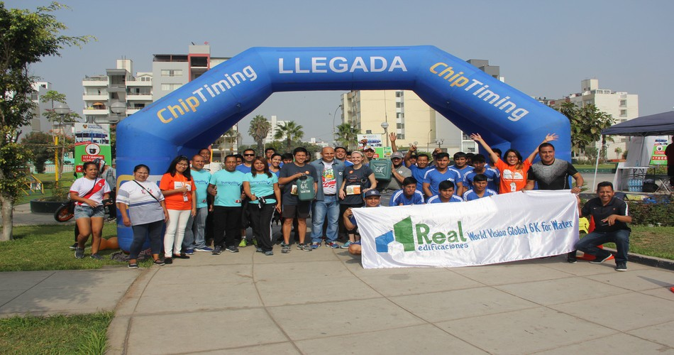 Runners peruanos participaron en el Global 6K for Water en Lima